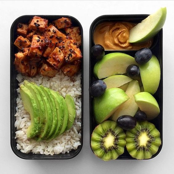 A vegan bento box is a perfect packed lunch for children